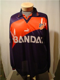 Atletico Madrid Away Toni CL match prepared 1997-98.jpg