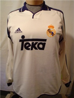 Real Madrid Match Worn Intercontinental Cup Final Nov 2000 vs Boca Salgado was a Sub exchange with Barihjo after the game.jpg